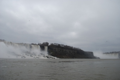 American Falls with Horseshoe Falls to the left
