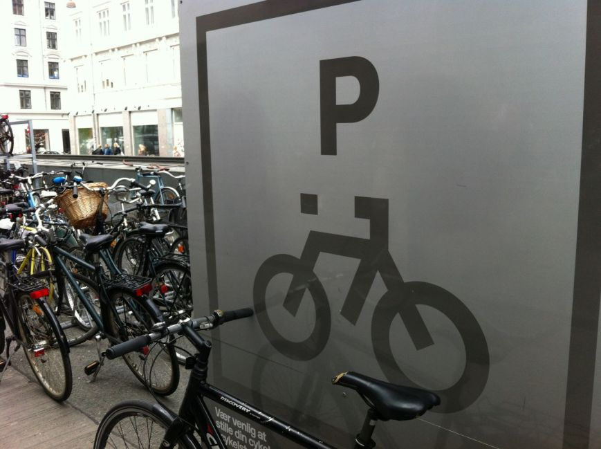 Bike parkinglot at Nørreport station, summer 2012